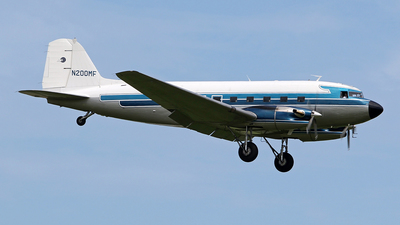 N200MF - Douglas DC-3C-TP - Private