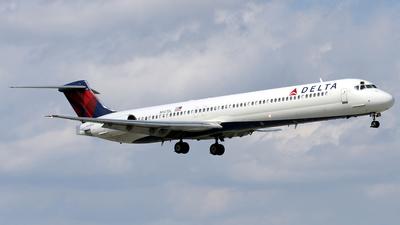 N947DL - McDonnell Douglas MD-88 - Delta Air Lines