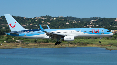 G-OOBD - Boeing 757-28A - TUI
