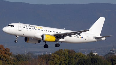 EC-LQL - Airbus A320-232 - Vueling Airlines