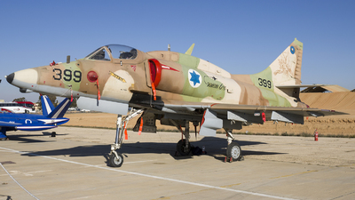399 - McDonnell Douglas A-4H Ayit - Israel - Air Force
