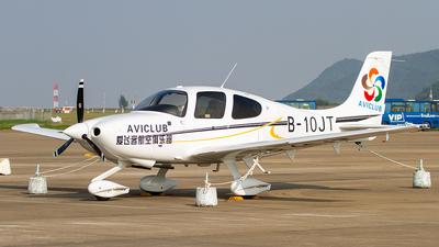 B-10JT - Cirrus SR20 - Aviclub