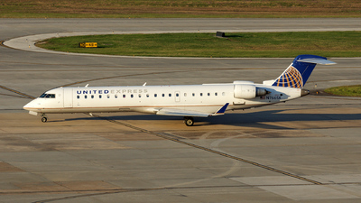 N766SK - Bombardier CRJ-702 - United Express (SkyWest Airlines)