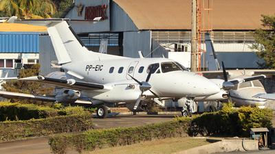 PP-EIC - Embraer EMB-121A1 Xingú II - Globo Aviação Taxi Aéreo