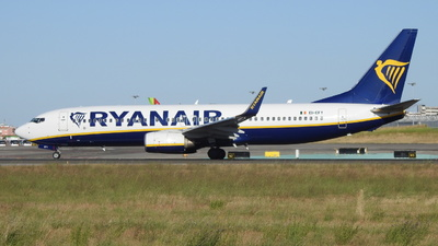 A picture of EIEFY - Boeing 7378AS - Ryanair - © Rui J Pais