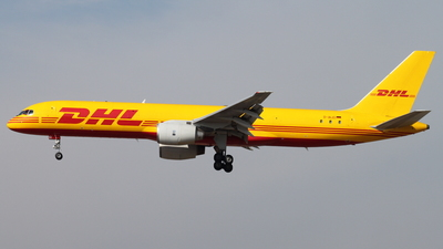 D-ALEI - Boeing 757-236(SF) - DHL (European Air Transport)