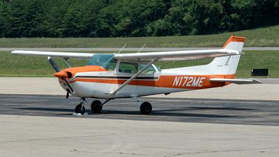 N172ME - Cessna 172M Skyhawk II - Private