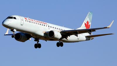 C-FMZW - Embraer 190-100IGW - Air Canada