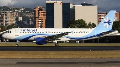 XA-EBA - Airbus A320-214 - Interjet
