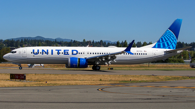 N57001 - Boeing 737-9 MAX - United Airlines