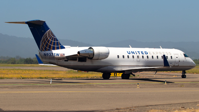 A picture of N937SW - Bombardier CRJ200ER - United Airlines - © Hiro