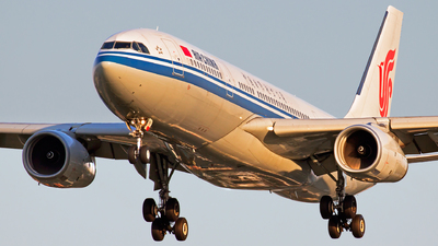 B-6540 - Airbus A330-243 - Air China
