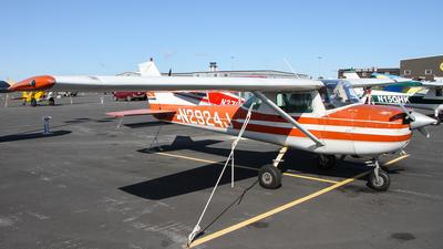 A picture of N2924J - Cessna 150G - [15065724] - © C. v. Grinsven