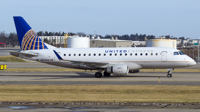 A picture of N855RW - Embraer E170SE - United Airlines - © Evan Dougherty