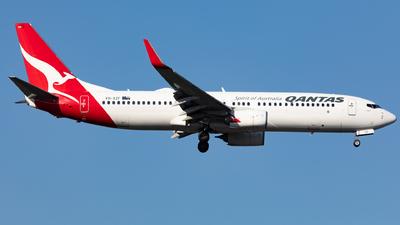 VH-XZF - Boeing 737-838 - Qantas