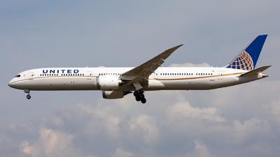 A picture of N14001 - Boeing 78710 Dreamliner - United Airlines - © Sebastian Sowa