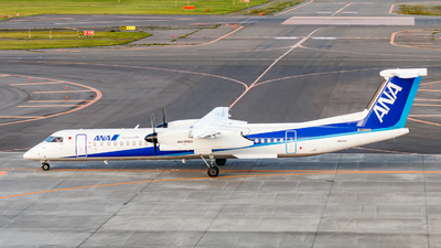 A picture of JA462A - De Havilland Canada Dash 8400 - All Nippon Airways - © Resupe