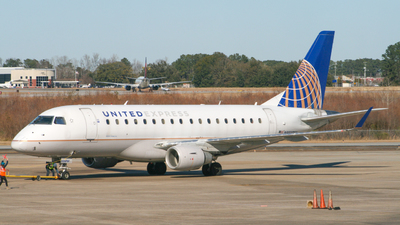N856RW - Embraer 170-100SE - United Express (Republic Airlines)
