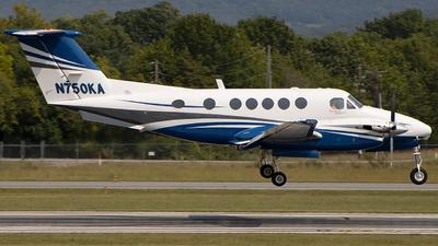 N750KA - Beechcraft 200 Super King Air - Private