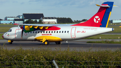 OY-JRJ - ATR 42-300 - Danish Air Transport (DAT)
