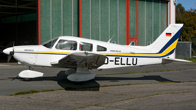 D-ELLU - Piper PA-28-181 Archer II - Private