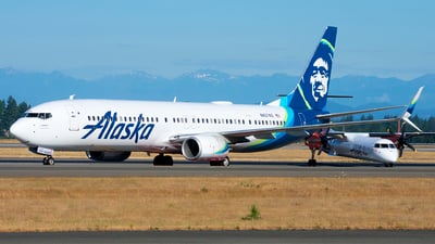 A picture of N457AS - Boeing 737990(ER) - Alaska Airlines - © Michael Rodeback