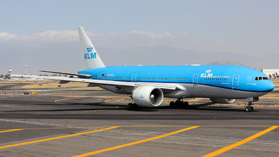A picture of PHBQG - Boeing 777206(ER) - KLM - © Gustavo Noé 777