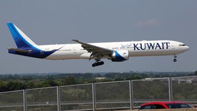 9K-AOD - Boeing 777-369ER - Kuwait Airways