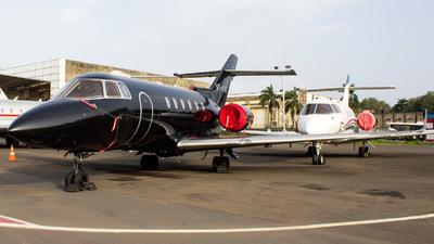 VT-AJM - Hawker Beechcraft 900XP - Private