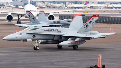 164907 - McDonnell Douglas F/A-18C Hornet - United States - US Marine Corps (USMC)