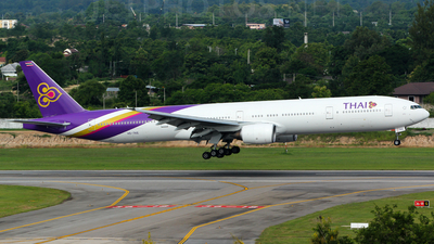 HS-TKE - Boeing 777-3D7 - Thai Airways International