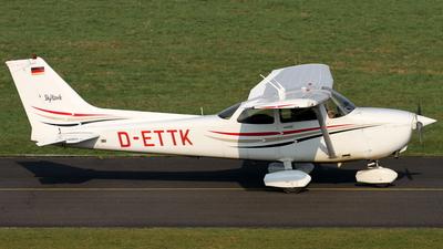 D-ETTK - Cessna 172R Skyhawk II - Aviation Training & Transport Center