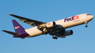 N192FE - Boeing 767-3S2F(ER) - FedEx