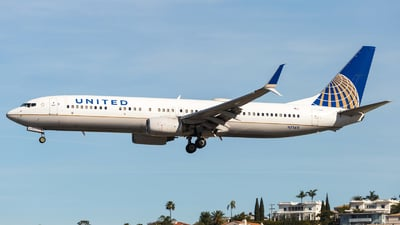 N71411 - Boeing 737-924 - United Airlines