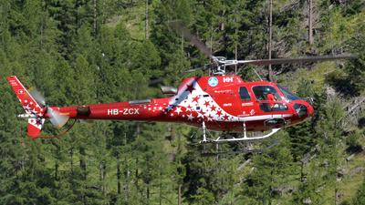 A picture of HBZCX - Eurocopter AS350 B3 Ecureuil -  - © Paul Denton