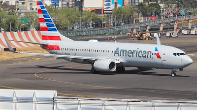 A picture of N951AA - Boeing 737823 - American Airlines - © Luis Miguel Martinez