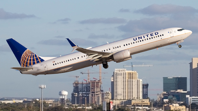 N61882 - Boeing 737-924ER - United Airlines