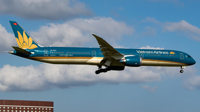 VN-A872 - Boeing 787-10 Dreamliner - Vietnam Airlines