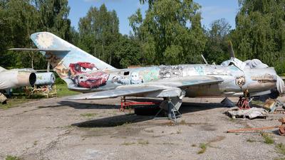 - Mikoyan-Gurevich MiG-17 Fresco - Private