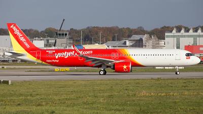 D-AYAD - Airbus A321-271NX - VietJet Air