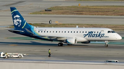 A picture of N198SY - Embraer E175LR - Alaska Airlines - © global_flyer1