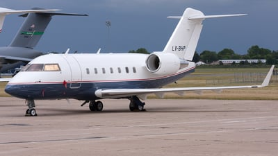 LV-BHP - Bombardier CL-600-2B16 Challenger 604 - Private