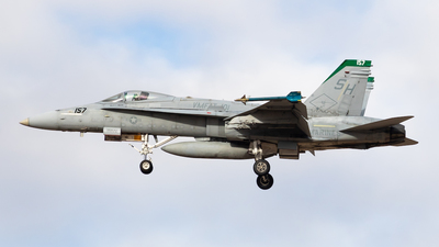 164067 - McDonnell Douglas F/A-18C Hornet - United States - US Marine Corps (USMC)