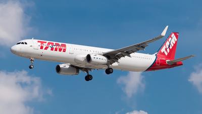 PT-MXQ - Airbus A321-231 - TAM Linhas Aéreas