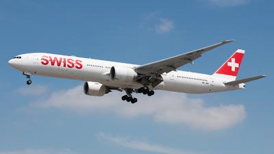 HB-JNA - Boeing 777-3DEER - Swiss