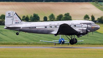 NC24320 - Douglas DC-3A - Private
