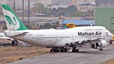 A picture of EPMNE - Boeing  7473B3(M) - Mahan Air - © Ehsan BG