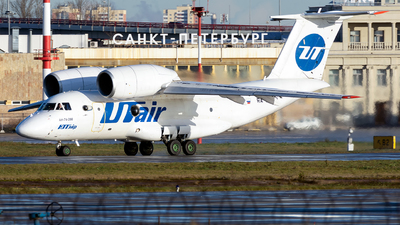 RA-74013 - Antonov An-74-200 - UTair Cargo
