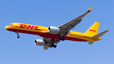 A picture of GDHKT - Boeing 757223(PCF) - DHL - © Eyal Zarrad