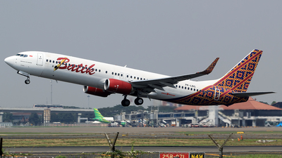 A picture of PKLBG - Boeing 7379GP(ER) - Batik Air - © M. Raykahn Ariga